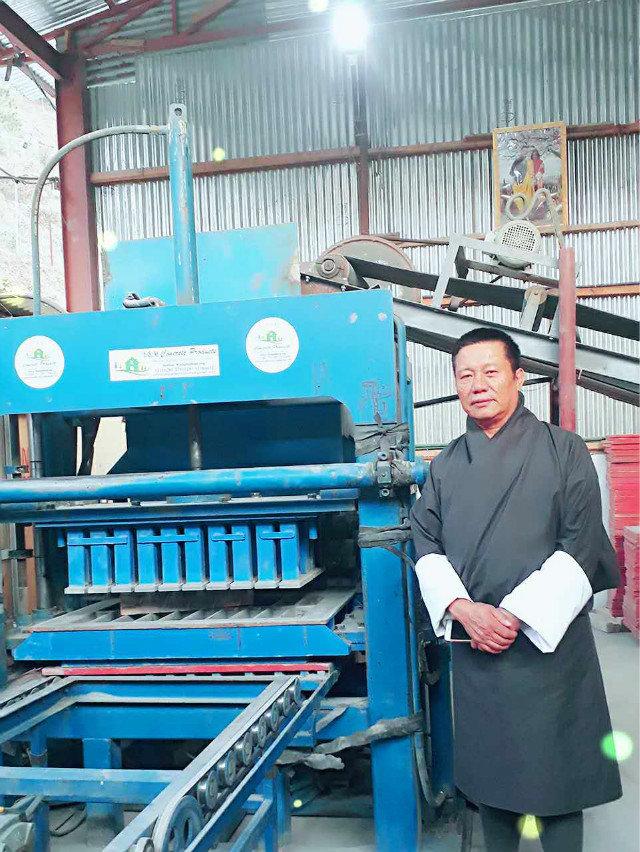 Contacto del agente de ZCJK Bhután para controlar la máquina (3)
