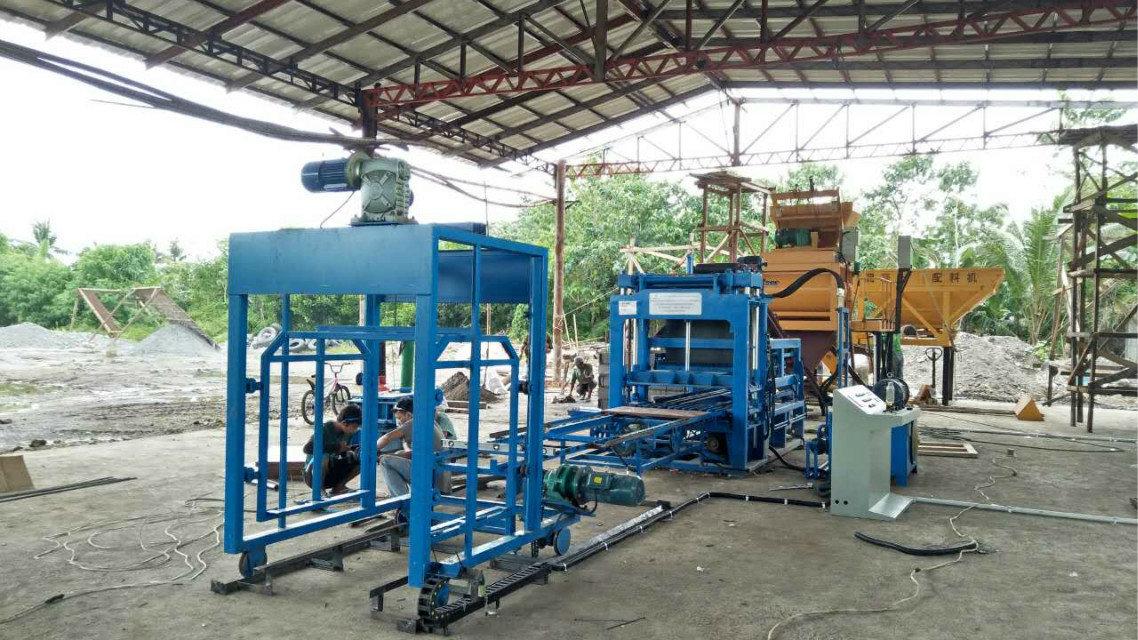 Máquina del bloque QTY4-15 en Filipinas (1)